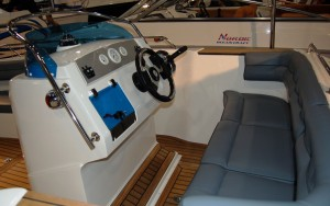 Nordic 18 CC Outboard cockpit