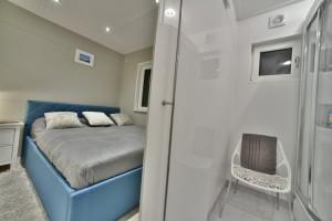sypialnia + łazienka 4